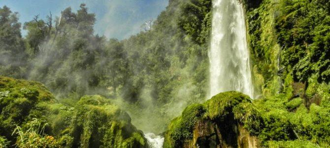 Valdívia a Pucón, Cascata Leon e China