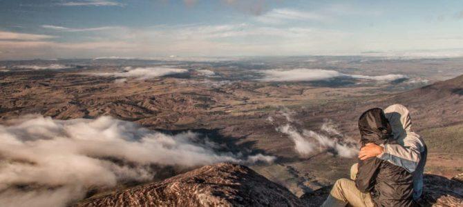 Vale dos Cristais, Ponto Triplo e El Fosso no topo do Monte Roraima