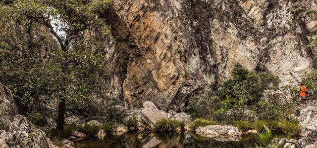 Ponte de Pedra na Chapada dos Veadeiros