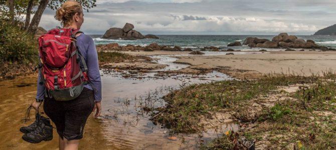 Vila do Abraão a Lopes Mendes na Ilha Grande