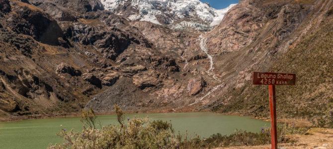 Laguna Shallap, Cordilheira Branca, Peru